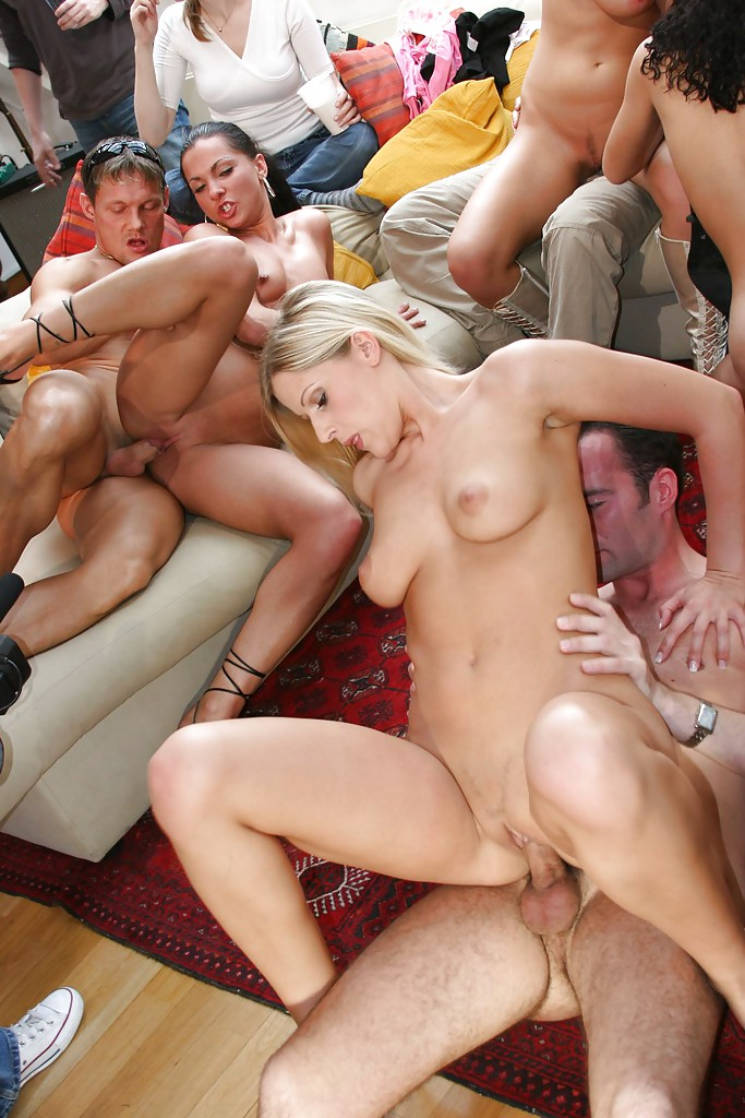 leg-milf-sex-party-movie-sucking-girl-vagina